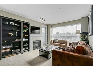 "Photo 2: 308 7088 MONT ROYAL Square in Vancouver: Champlain Heights Condo for sale in ""The Brittany"" (Vancouver East)  : MLS®# V1107585"