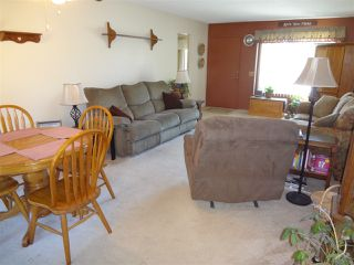 Photo 3: OCEANSIDE Twinhome for sale : 2 bedrooms : 1722 Lemon Heights Drive