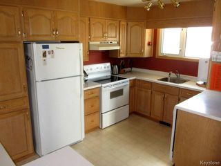 Photo 4: 359 Greenwood Avenue in WINNIPEG: St Vital Residential for sale (South East Winnipeg)  : MLS®# 1511399