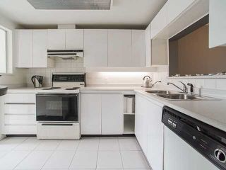"""Photo 5: 403 1345 BURNABY Street in Vancouver: West End VW Condo for sale in """"Fiona Court"""" (Vancouver West)  : MLS®# V1133188"""