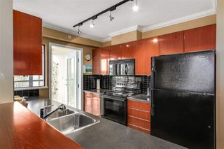 "Photo 8: 601 1003 PACIFIC Street in Vancouver: West End VW Condo for sale in ""Seastar"" (Vancouver West)  : MLS®# R2008966"