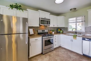 Photo 8: SERRA MESA House for sale : 3 bedrooms : 2755 Kobe in San Diego