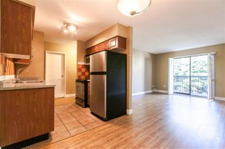 "Photo 2: 304 1442 BLACKWOOD Street: White Rock Condo for sale in ""BLACKWOOD MANOR"" (South Surrey White Rock)  : MLS®# R2052488"