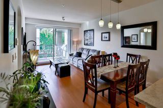 "Photo 10: 501 7428 BYRNEPARK Walk in Burnaby: South Slope Condo for sale in ""GREEN"" (Burnaby South)  : MLS®# R2071467"