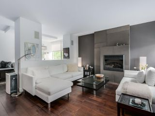 """Photo 1: 202 1725 PENDRELL Street in Vancouver: West End VW Condo for sale in """"Stratford Place"""" (Vancouver West)  : MLS®# R2071690"""