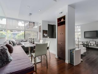 """Photo 8: 202 1725 PENDRELL Street in Vancouver: West End VW Condo for sale in """"Stratford Place"""" (Vancouver West)  : MLS®# R2071690"""