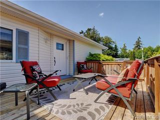 Photo 17: 2567 Heron Way in SAANICHTON: CS Hawthorne Manu Double-Wide for sale (Central Saanich)  : MLS®# 365710