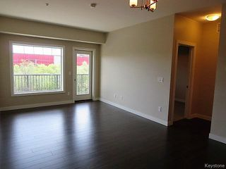 Photo 3: 215 Pandora Avenue West in Winnipeg: West Transcona Condominium for sale (3L)  : MLS®# 1623412