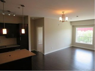 Photo 2: 215 Pandora Avenue West in Winnipeg: West Transcona Condominium for sale (3L)  : MLS®# 1623412