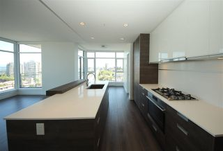 "Photo 2: 1107 4688 KINGSWAY in Burnaby: Metrotown Condo for sale in ""STATION SQUARE"" (Burnaby South)  : MLS®# R2105986"