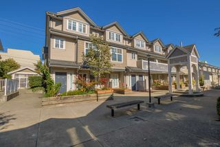 "Photo 1: 26 230 TENTH Street in New Westminster: Uptown NW Townhouse for sale in ""COBBLESTONE WALK"" : MLS®# R2107717"