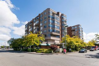 "Photo 1: 812 15111 RUSSELL Avenue: White Rock Condo for sale in ""PACIFIC TERRACE"" (South Surrey White Rock)  : MLS®# R2118145"