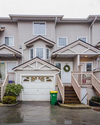 "Photo 1: 7 12188 HARRIS Road in Pitt Meadows: Central Meadows Townhouse for sale in ""Waterford Place"" : MLS®# R2121855"