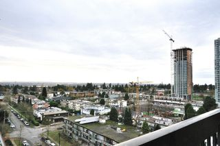 "Photo 7: 1105 6540 BURLINGTON Avenue in Burnaby: Metrotown Condo for sale in ""BURLINGTON SQUARE"" (Burnaby South)  : MLS®# R2122969"