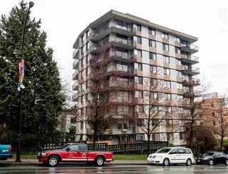 """Main Photo: 101 540 LONSDALE Avenue in North Vancouver: Lower Lonsdale Condo for sale in """"The Grosvenor"""" : MLS®# R2150313"""