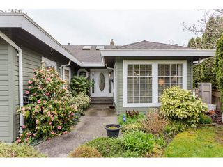 "Photo 2: 14630 18TH Avenue in Surrey: Sunnyside Park Surrey House for sale in ""The Glens"" (South Surrey White Rock)  : MLS®# R2156092"
