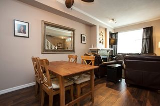 """Photo 4: 61 6465 184A Street in Surrey: Cloverdale BC Townhouse for sale in """"Rosebury Lane"""" (Cloverdale)  : MLS®# R2163634"""