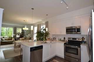 """Photo 7: 1 2850 MCCALLUM Road in Abbotsford: Central Abbotsford Townhouse for sale in """"URBAN HILLSIDE"""" : MLS®# R2168900"""