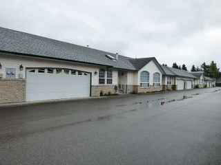 """Main Photo: 11 45160 SOUTH SUMAS Road in Sardis: Sardis West Vedder Rd Townhouse for sale in """"COTTAGE LANE"""" : MLS®# R2172730"""