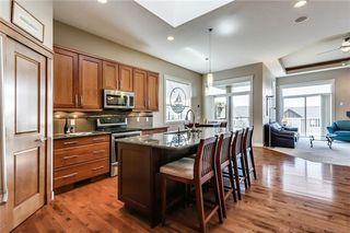 Photo 7: 68 CRESTRIDGE Way SW in Calgary: Crestmont House for sale : MLS®# C4128621
