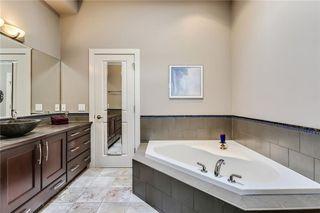 Photo 19: 68 CRESTRIDGE Way SW in Calgary: Crestmont House for sale : MLS®# C4128621