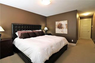 Photo 31: 2504 17A Street NW in Calgary: Capitol Hill House for sale : MLS®# C4130997
