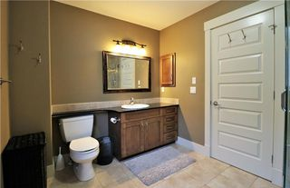 Photo 36: 2504 17A Street NW in Calgary: Capitol Hill House for sale : MLS®# C4130997