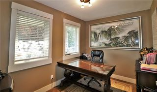 Photo 6: 2504 17A Street NW in Calgary: Capitol Hill House for sale : MLS®# C4130997