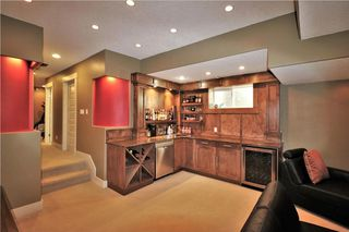 Photo 39: 2504 17A Street NW in Calgary: Capitol Hill House for sale : MLS®# C4130997