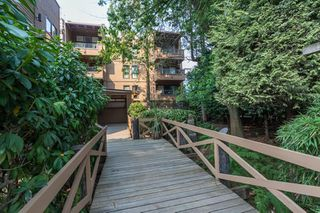 "Photo 17: 212 1435 NELSON Street in Vancouver: West End VW Condo for sale in ""Westport"" (Vancouver West)  : MLS®# R2195195"