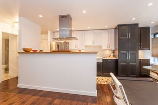 "Photo 7: 212 1435 NELSON Street in Vancouver: West End VW Condo for sale in ""Westport"" (Vancouver West)  : MLS®# R2195195"