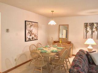 "Photo 3: 1202 3050 HILLCREST Drive in Whistler: Alta Vista Townhouse for sale in ""ALTA VISTA POINTE"" : MLS®# R2203330"