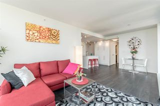 Photo 4: 802 188 AGNES Street in New Westminster: Downtown NW Condo for sale : MLS®# R2237846