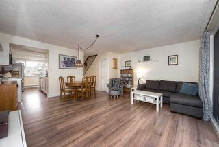 """Photo 8: 18 4949 57 Street in Delta: Hawthorne Townhouse for sale in """"OASIS"""" (Ladner)  : MLS®# R2238489"""