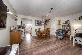 """Photo 9: 18 4949 57 Street in Delta: Hawthorne Townhouse for sale in """"OASIS"""" (Ladner)  : MLS®# R2238489"""