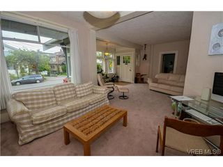 Photo 17: 170 Bushby Street in VICTORIA: Vi Fairfield West Residential for sale (Victoria)  : MLS®# 323491