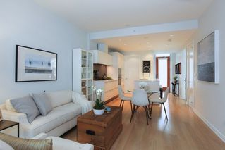 Photo 3: 510 77 WALTER HARDWICK AVENUE in Vancouver: False Creek Condo for sale (Vancouver West)  : MLS®# R2251871