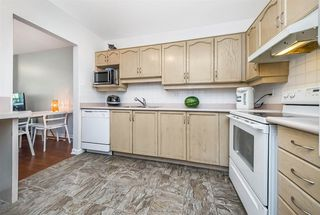 "Photo 11: 209 6742 STATION HILL Court in Burnaby: South Slope Condo for sale in ""WYNDHAM COURT"" (Burnaby South)  : MLS®# R2289560"