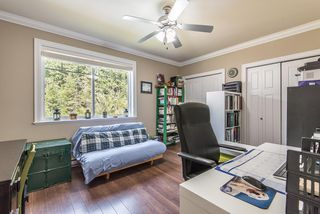Photo 16: 1391 DEPOT Road in Squamish: Brackendale 1/2 Duplex for sale : MLS®# R2292878