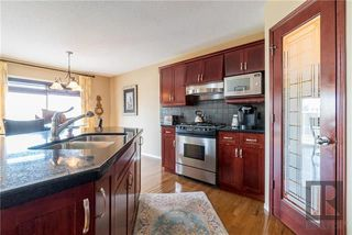 Photo 5: 14 495 Island Shore Boulevard in Winnipeg: Condominium for sale (2J)  : MLS®# 1823009