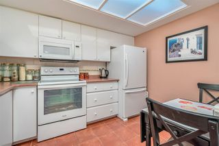 "Photo 8: 2402 1199 EASTWOOD Street in Coquitlam: North Coquitlam Condo for sale in ""SELKIRK"" : MLS®# R2301549"