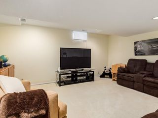 Photo 33: 2002 PUMP HILL Way SW in Calgary: Pump Hill Detached for sale : MLS®# C4204077