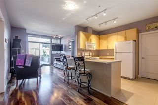"Photo 2: 215 688 E 17TH Avenue in Vancouver: Fraser VE Condo for sale in ""Mondella"" (Vancouver East)  : MLS®# R2302390"