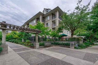 "Photo 2: 307 3575 EUCLID Avenue in Vancouver: Collingwood VE Condo for sale in ""Montage"" (Vancouver East)  : MLS®# R2308133"