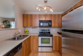 """Photo 10: 307 3575 EUCLID Avenue in Vancouver: Collingwood VE Condo for sale in """"Montage"""" (Vancouver East)  : MLS®# R2308133"""
