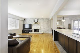 Photo 3: 2417 LATIMER Avenue in Coquitlam: Central Coquitlam House for sale : MLS®# R2312941