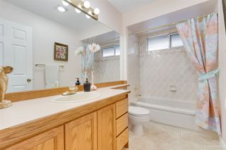"""Photo 12: 12 15137 24 Avenue in Surrey: Sunnyside Park Surrey Townhouse for sale in """"SEAGATE"""" (South Surrey White Rock)  : MLS®# R2318009"""