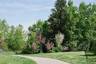 Photo 8: 186 EVERGLADE Way SW in Calgary: Evergreen Detached for sale : MLS®# C4223959