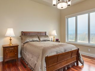 Photo 23: 14 Ranche Drive: Heritage Pointe Detached for sale : MLS®# C4224538