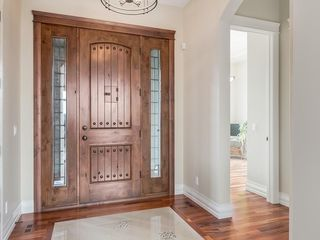 Photo 2: 14 Ranche Drive: Heritage Pointe Detached for sale : MLS®# C4224538